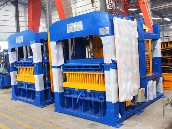QT12-15 линия по производству кирпича